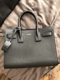 Saint Laurent Sac du jour in noir