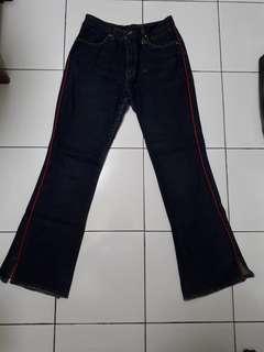 Celana Jeans