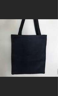 🚚 黑色厚質袋子