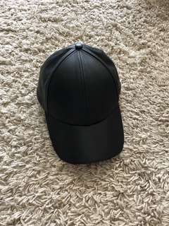 Aritzia Wilfred leather Cap hat, adjustable cap black