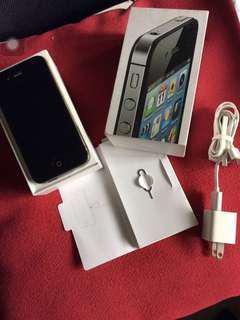 DEFECTIVE Iphone 4s  w/ box