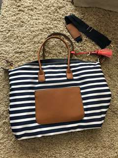 Beach tote, travel carry on bags , large tote, with adjustable and detachable strap navy strip brown