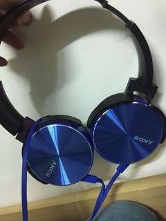 Sony耳罩式耳機