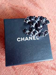 Preowned 1:1 Chanel Brooch