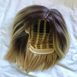 Blunt bob wig