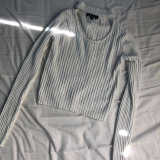 RIBBED KNIT NECK TOP