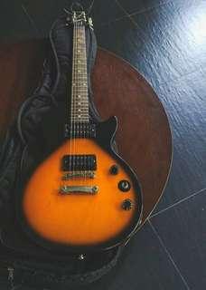 Electric guitar (Epiphone Les Paul Special ii)