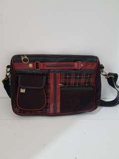 Tas laptop & tas untuk cwek