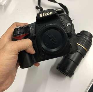 Nikon D5000 and Nikon D90