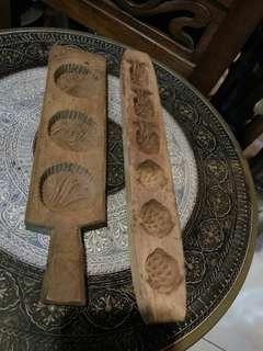 Acuan kuih kayu antik b