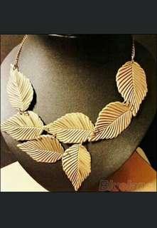 🆕 Leaves leaf Beautiful Neckalce