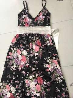 Sexy flower dress 👗