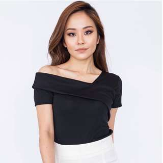 Reduced! [Brand new] Eve Top (Navy)