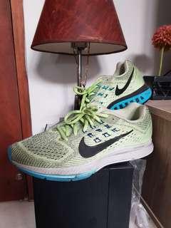 Nike Running cool green original 4 time used