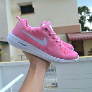 ZOOM MAX PINK WHITE RM80sm RM85ss size 37 - 41