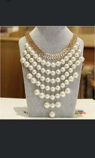 Price drop🆕very beautiful sweater pearl necklace