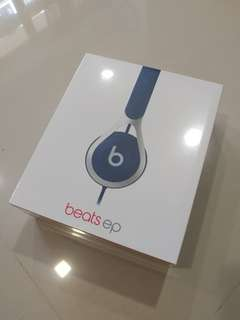Beats EP on-ear Headphone with Carrying Pouch (Matt Blue)