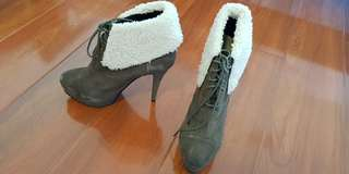 Tony bianco taupe boots size 8