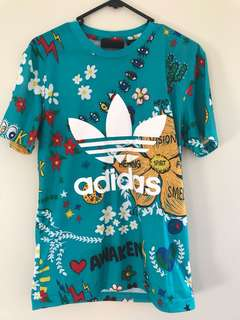 Adidas Pharrell Williams Tee size S