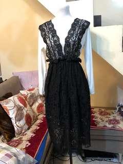 [KOREAN] BRAND NEW: Black Lace Jumpsuit with White Longsleeves Inner