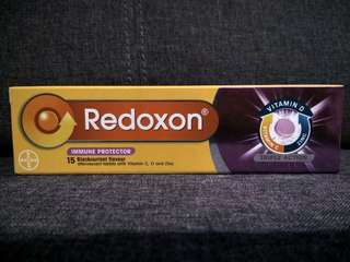 Redoxon Triple Action - 15 Blackcurrant Effervescent Tablets with Vitamin C, D & Zinc