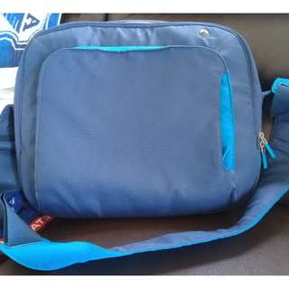 BELKIN Laptop dokument sling bag