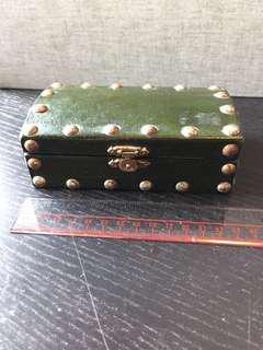 復古盒墨綠色