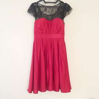 Party red dress with black lace