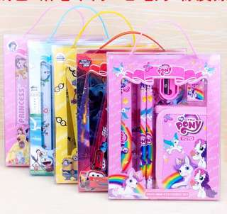 🚚 🌟INSTOCKS🌟 6in1 Wallet Stationery Set