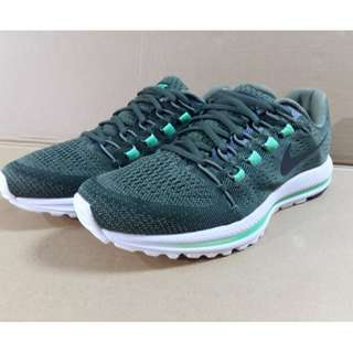 🚚 Nike Air Zoom Vomero 12 運動鞋 慢跑鞋