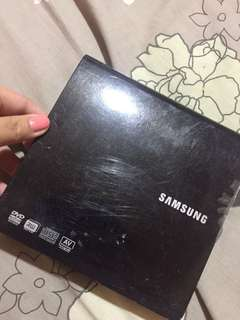 Samsung Portable DVD Wtiter Model