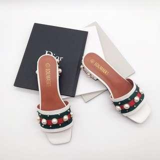 🚚 Gucci類似款 夏日珍珠造型低跟拖鞋