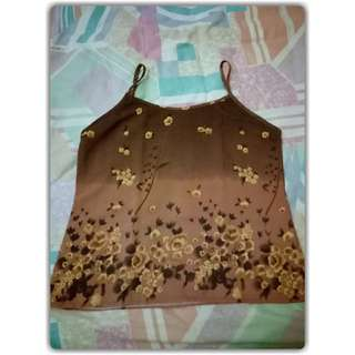 Tank top bunga coklat fit to S - M