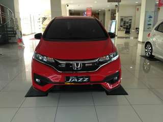 honda jazz rs merah