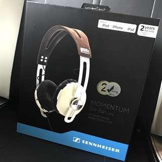 ✨[BNIB] FREE DELIVERY✨ Sennheiser Momentum On Ear Headphones - Ivory ✨