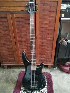Bass guitar MIJ