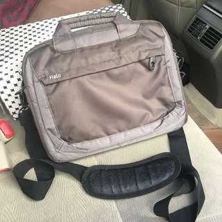 Halo tablet/ Notebook Bag