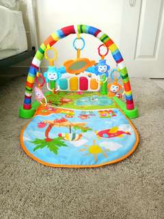 Baby play gym with box