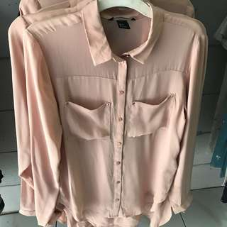 💕H&M Peach Shirt