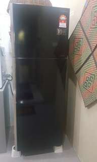 350L Hitachi refrigerator 1 year used for sale