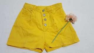 💯U2 girls shorts(size 8)