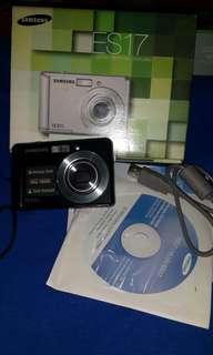 Kamera Samsung ES17