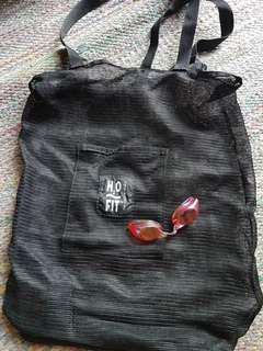 Mesh shoulder bag (TYR) + Swans reflective goggles