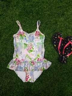 H&M Swimsuit for Girls (4 - 5 yo)