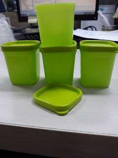 Kotak bumbu tupperware