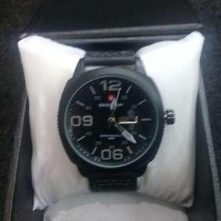 Dijual jam tangan prianya