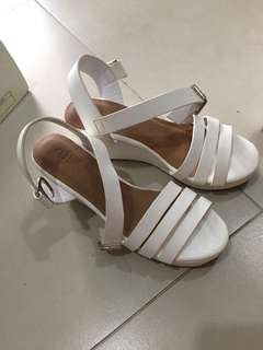 Cotton On White Wedges