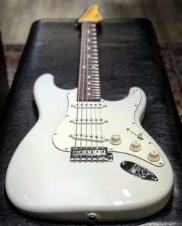 Suhr Classic Pro SSS Olympic White