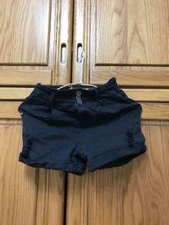 🚚 Caco黑色短褲