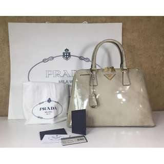 PRADA BL0836 PATENT LEATHER TOP HANDBLE BAG